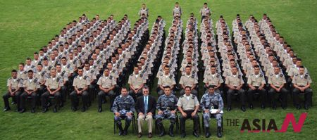 meditating-military