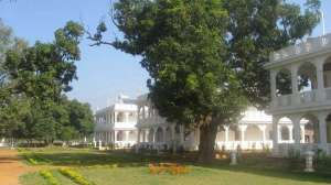 Residence buildings at the Brahmasthan of India. Source: globalgoodnews.com